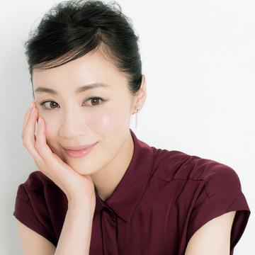 大人を本当に美しくする、藤原美智子のメイクアップ術 五選
