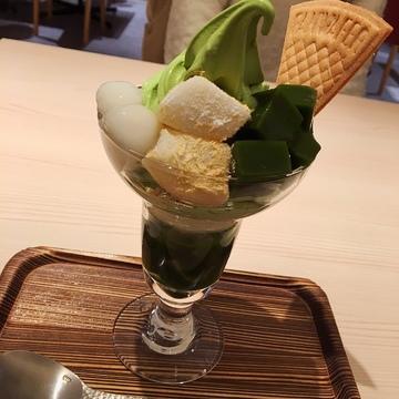 """抹茶パフェの元祖""""京はやしや""""♡"""