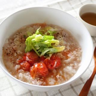 パパっと薬膳!~トマトとセロリのエスニック風スープごはん~
