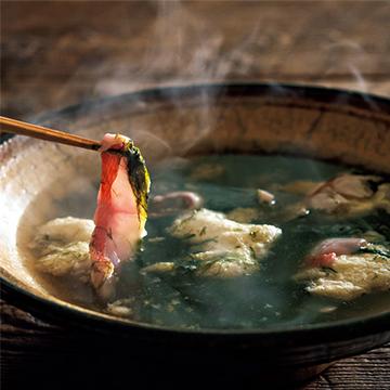 """魚のうま味が出ただしが絶品! """"アオサの金目鯛しゃぶしゃぶ""""【絶品鍋レシピ28days】"""