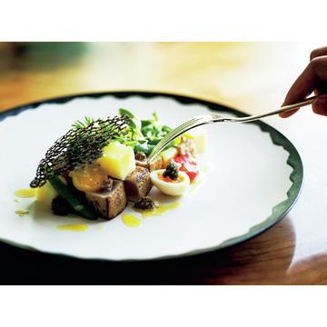 1.日本の伝統的な食文化を融合させた新しい感覚のダイニングが誕生