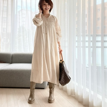 Zaraのブーツ♡ワントーンコーデ