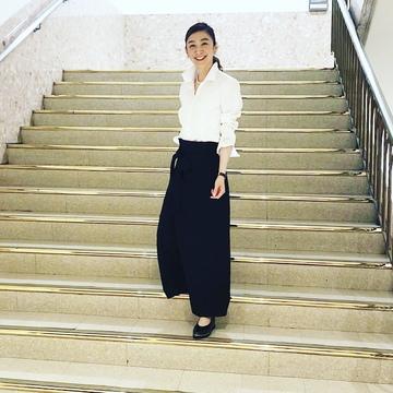 黒スカートで、新宿ビストロカフェへ♩