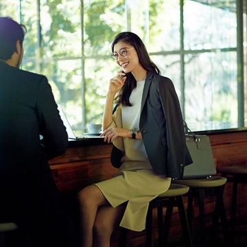 商談ではワンピースにジャケットをはおって好感度高く【出張着回しコーディネート】