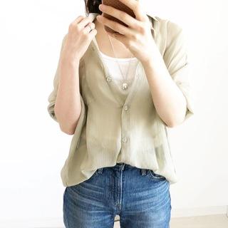 日除けや冷房対策に!今年の羽織りはカーデよりシアーシャツ【tomomiyuコーデ】