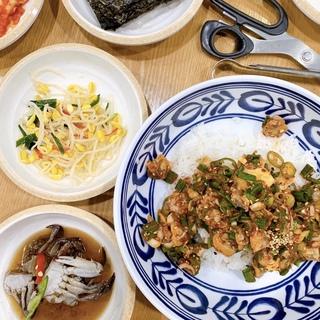 ソウル2019冬。本当に美味しかった店だけ②ピリ辛の貝&ネギだくビビンパと海鮮鍋