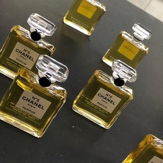 パリメゾンの職人技 CHANEL香水ボードリュシャージュ体験!!