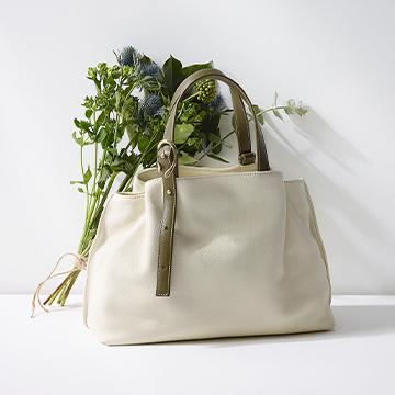 上質なレザーで丁寧に作られた大人の相棒バッグ