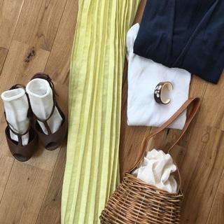 アラフォーでも使える若者ブランドでみつけた春色プリーツスカート