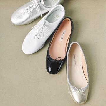 足に吸いつくフィット感「フラット靴」
