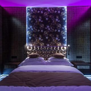 アラフォー女性のラブホテル利用率は?ラブホテルを利用する理由をアンケート調査!