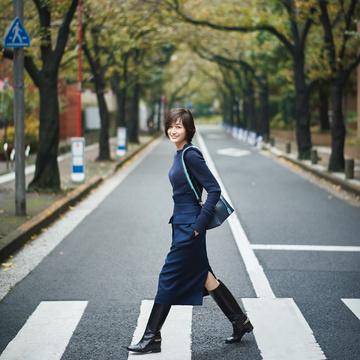富岡佳子、秋の私物を一部公開中! 五選