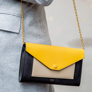 存在感のある 「ミニバッグ」を味方に【ファッションSNAP ミラノ・パリ編】