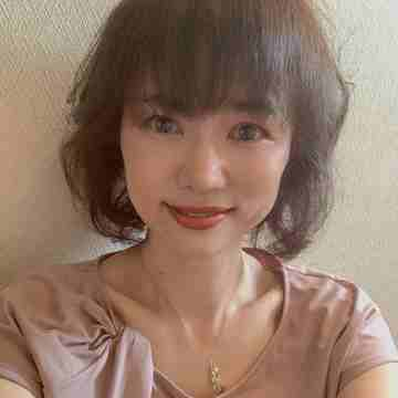 夏のヘアスタイル 頭皮洗浄ケア
