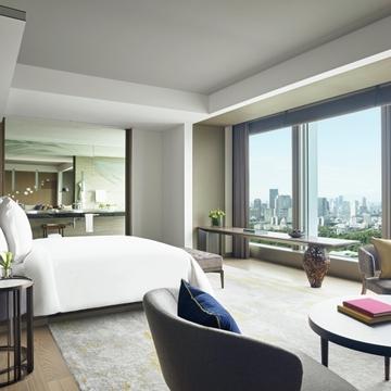 『フォーシーズンズホテル東京大手町』で都会にいながらリゾート気分。特典満載のおこもりステイ