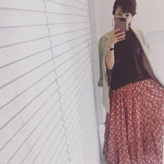 秋も活躍させる!このロングスカートどう着まわす?