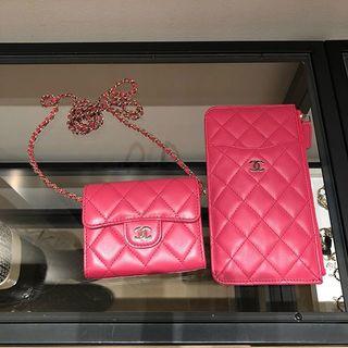 ピンクのウォレットたち♡アクセサリー感覚でバッグのようにつけるのが絶対可愛い!