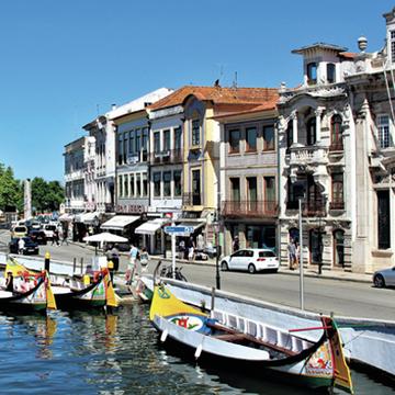 思わず住んでみたくなる! カラフルなかわいらしい港町アヴェイロ【ポルトガル中・北部をめぐる旅】
