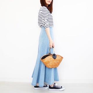 デニムスカートをアップデート【tomomiyuの毎日コーデ】