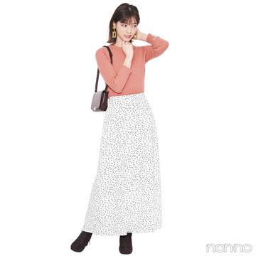 西野七瀬はピンクニットとフレアスカートで秋フェミニンを満喫!【毎日コーデ】