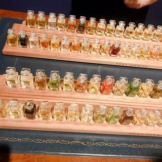 濃厚でピュアな100種の香水。「FUEGUIA 1833」で探す自分だけのフレグランス【マーヴェラス原田の40代本気美容 #160】