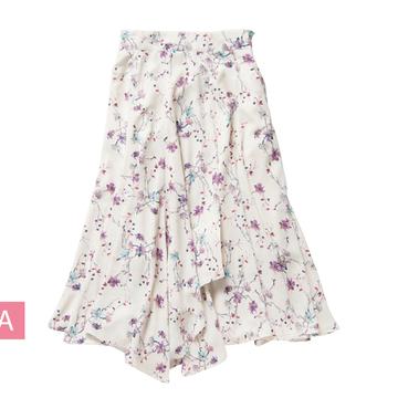 花柄ミディ丈スカートを着回し!