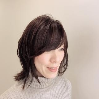 春服に合う髪型。イメージチェンジのキーワードは「厚めの外ハネ」!_1_2-1