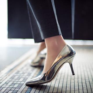 【03】シャイニー靴