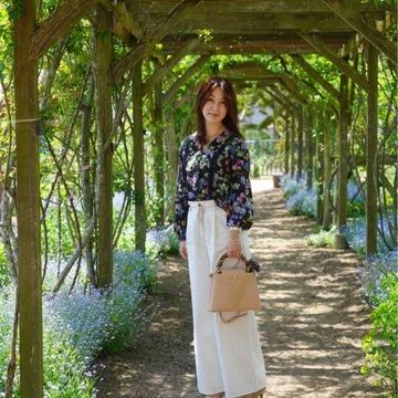 お気に入りトップスにGU白デニムで熊山英国庭園へ ~勿忘草~