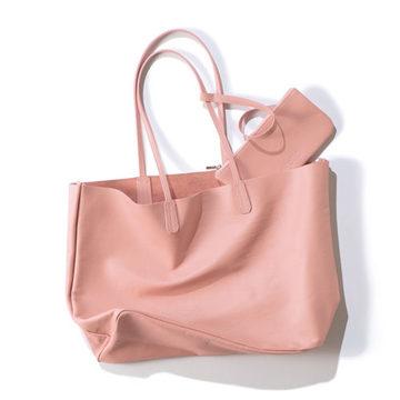 地曳いく子さんプロデュース薄軽レザートートに春色ピンクに注目!