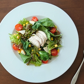 彩り豊かなグリーンサラダ