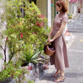 マリソル掲載、美シルエットの日本製スカート