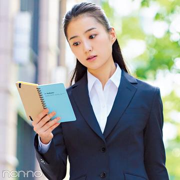 就活スーツ、インのシャツは業界&シーンで変えるべきだった!
