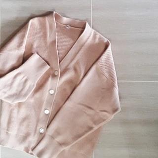冬→春をつなぐ、ニュアンスピンクのカーディガンで着まわしコーデ♪