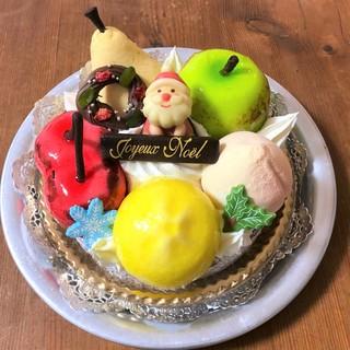 メリークリスマス!今年は下高井戸の名店ケーキをお迎え。