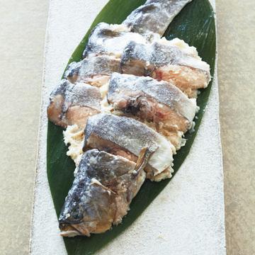 上品でまろやかな味が好評 比良山荘の「鮎なれ寿司」