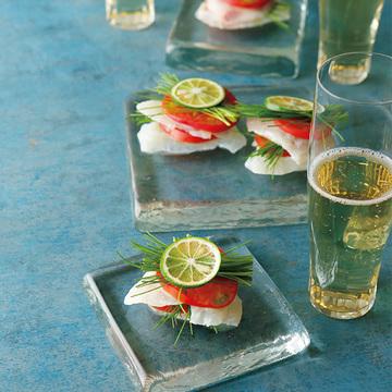 甘味と酸味のバランスが絶妙「鯛とすだちとトマト」のレシピ【有元葉子さんのシャンパーニュとこの一皿】