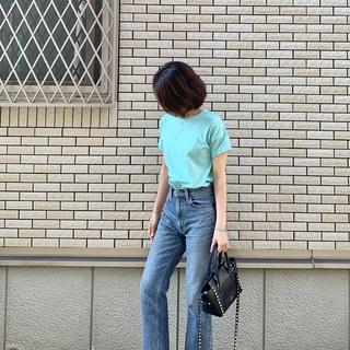 大人のカジュアル Tシャツコーデ