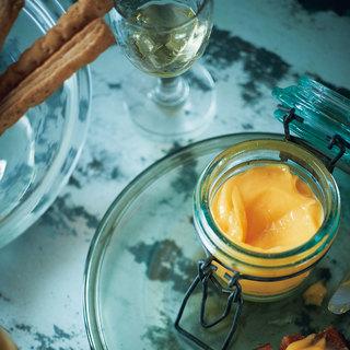 ヴァレンタインの時期に大人のためのスイーツ。柚子とレモンのクリーム【平野由希子のおつまみレシピ #88】