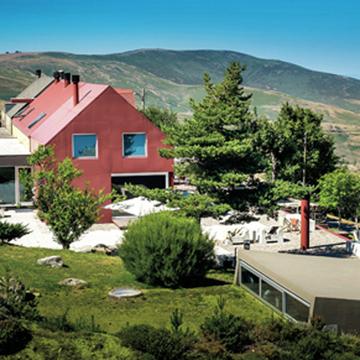 """ポルトガルで最も高い山脈地帯""""セラ・ダ・エストレーラ""""で滋味深いテロワールを味わう!【ポルトガル中・北部をめぐる旅】"""
