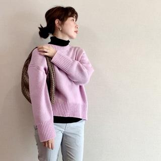 セーターのチクチクは、レイヤードで解決!でもインナー選びは?