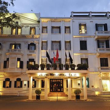 ハノイの真珠と絶賛される優雅なホテル、メトロポール