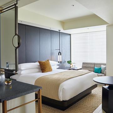 新宿の夜景を一望!アメリカ発のライフスタイルホテル『キンプトン新宿東京』