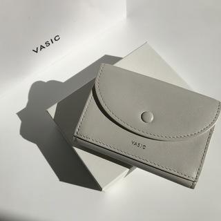 ミニバッグブームに合わせてお財布もコンパクト化!