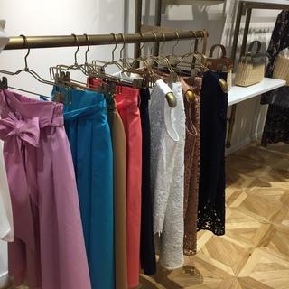 春夏はキレイ色がいっぱい!『&.NOSTALGIA』2017SS 展示会へ_1_4