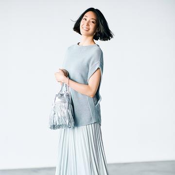 【大人の着やせルール】アシンメトリースカートはすその斜め線で細見せ効果アップ!