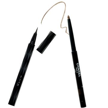 3.アイライナーは2本使いで平行ラインで下がり目を補整