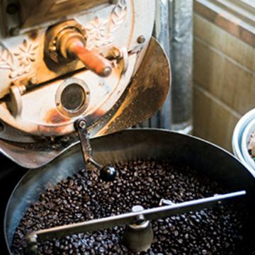 自家焙煎の芳醇なコーヒーを 盛岡「クラムボン」