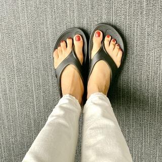 一度履いたら止められない、疲れた足に、全身のリラックスに!話題のリカバリーサンダル