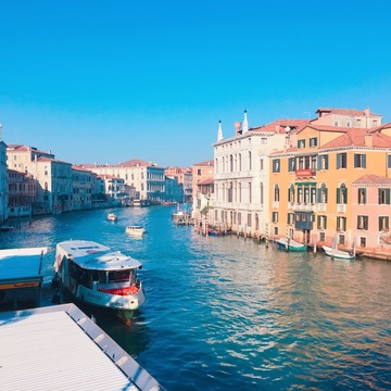ロマンチックなイタリア旅行 --水の都【ベネチア】を観光--